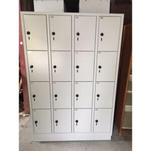 Ekstra robuste garderobebokse med 16 rum